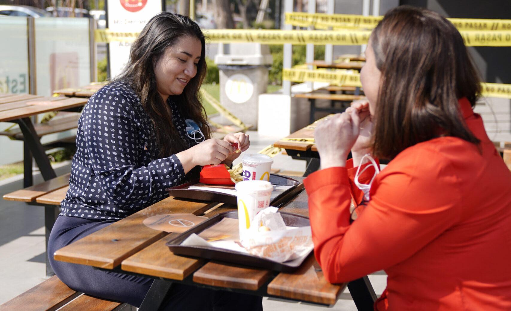[Chile] McDonald's anuncia primera reapertura a público en terrazas y evalúa próximas acciones