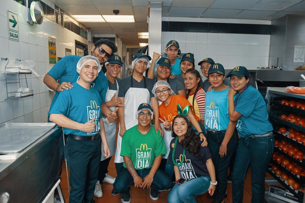 [Perú] Un Gran Día solidario llega a McDonald's a beneficio de niñas, niños y jóvenes peruanos