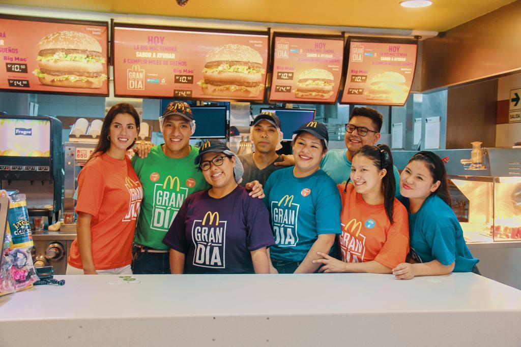 [Perú] Amy Gutiérrez compró 1000 Big Mac para donarlo a niños y jóvenes del Callao