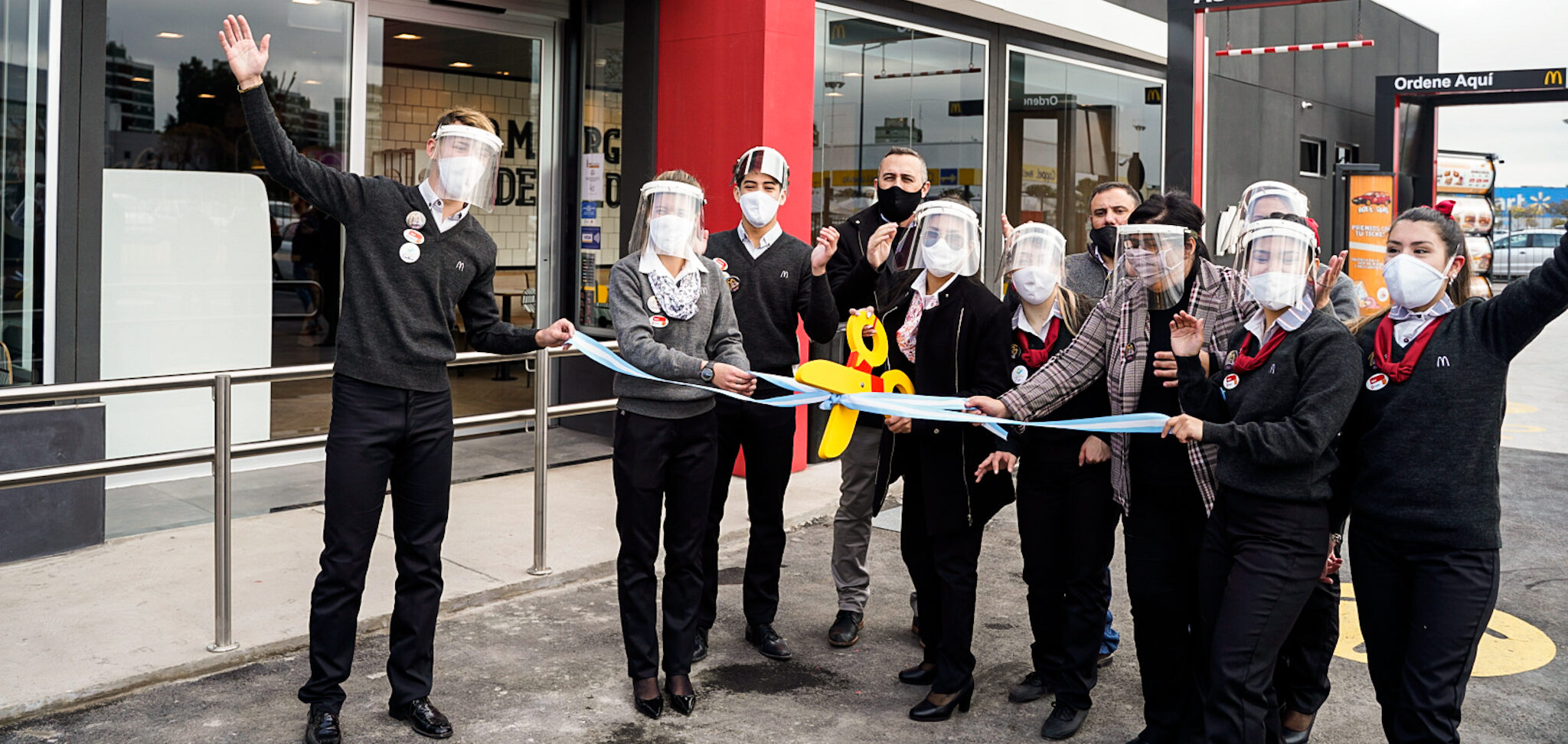 [Argentina] Arcos Dorados inaugura un nuevo local McDonald's en Avellaneda y genera más de 70 puestos de trabajo