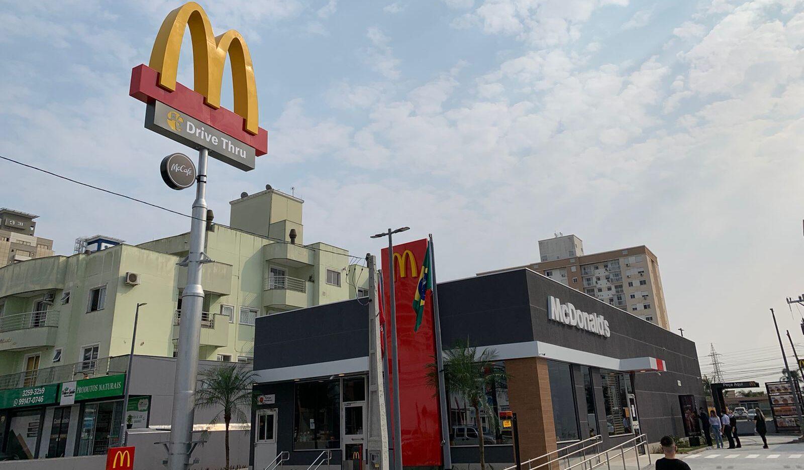 [Brasil] McDonald's inaugura primeiro restaurante em Palhoça
